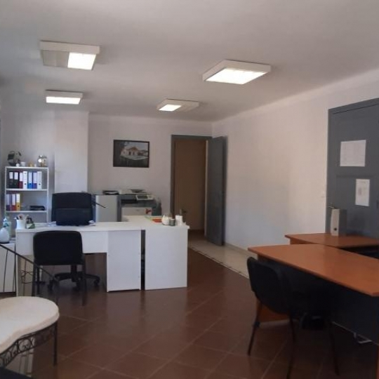HELLO LOC : Local / Bureau | GOUDARGUES (30630) | 120.00m2 | 950 €