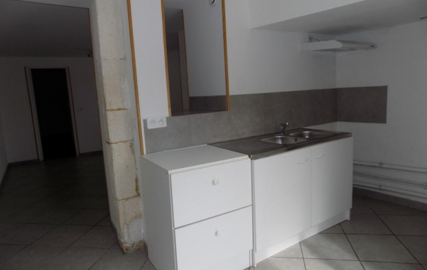 HELLO LOC Appartement | GOUDARGUES (30630) | 35 m2 | 430 €
