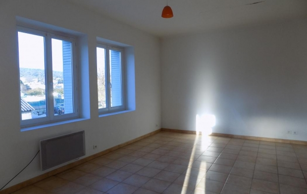 HELLO LOC : Appartement | GOUDARGUES (30630) | 54 m2 | 565 €